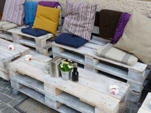 Paletten Möbel liegen im Trend